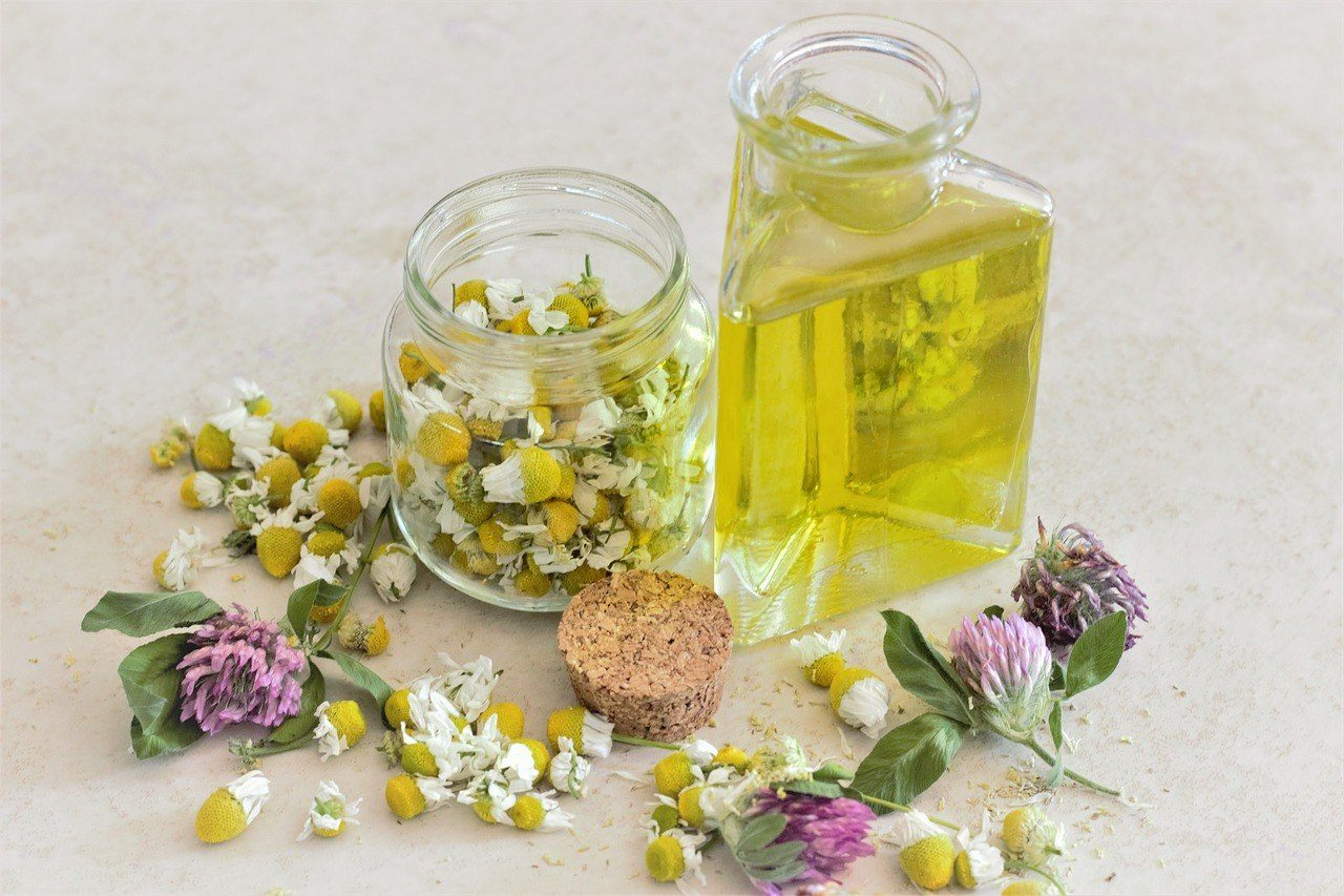 aromatherapy best holistic stress reliever